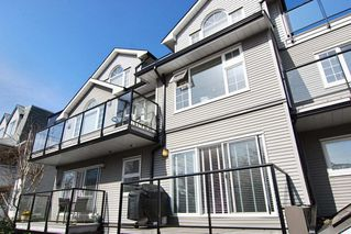 Photo 2: 203 833 W 16TH Avenue in Vancouver West: Home for sale : MLS®# 410459