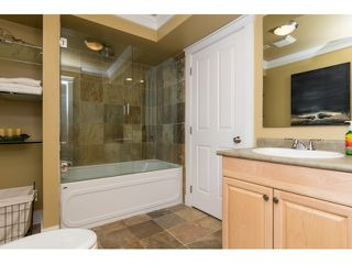 Photo 18: 12488 24A AVENUE in South Surrey White Rock: Home for sale : MLS®# R2057071