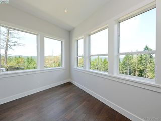 Photo 5: 2035 Rivers Crossing in VICTORIA: Hi Bear Mountain Single Family Detached for sale (Highlands)  : MLS®# 763394