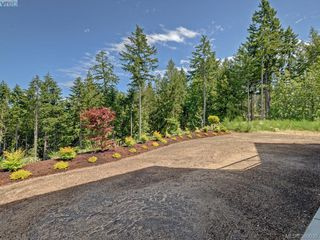 Photo 19: 2035 Rivers Crossing in VICTORIA: Hi Bear Mountain Single Family Detached for sale (Highlands)  : MLS®# 763394