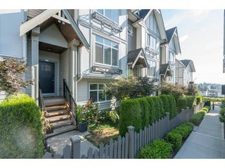 "Photo 2: 16 6588 195A Street in Surrey: Clayton Townhouse for sale in ""ZEN"" (Cloverdale)  : MLS®# R2197611"