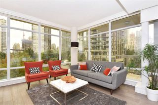 """Photo 3: 603 428 BEACH Crescent in Vancouver: Yaletown Condo for sale in """"Kings Landing"""" (Vancouver West)  : MLS®# R2202803"""