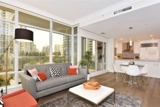 """Photo 4: 603 428 BEACH Crescent in Vancouver: Yaletown Condo for sale in """"Kings Landing"""" (Vancouver West)  : MLS®# R2202803"""