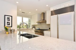 """Photo 7: 603 428 BEACH Crescent in Vancouver: Yaletown Condo for sale in """"Kings Landing"""" (Vancouver West)  : MLS®# R2202803"""