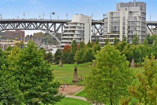 """Photo 17: 603 428 BEACH Crescent in Vancouver: Yaletown Condo for sale in """"Kings Landing"""" (Vancouver West)  : MLS®# R2202803"""