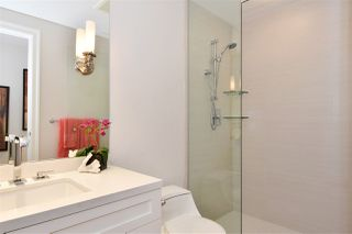 """Photo 14: 603 428 BEACH Crescent in Vancouver: Yaletown Condo for sale in """"Kings Landing"""" (Vancouver West)  : MLS®# R2202803"""
