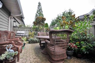 "Photo 4: 125 16275 15 Avenue in Surrey: King George Corridor Townhouse for sale in ""Sunrise Pointe"" (South Surrey White Rock)  : MLS®# R2206481"