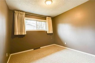 Photo 10: 930 16 Street NE in Calgary: Mayland Heights House for sale : MLS®# C4141621