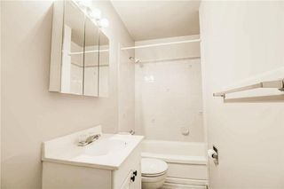 Photo 12: 930 16 Street NE in Calgary: Mayland Heights House for sale : MLS®# C4141621