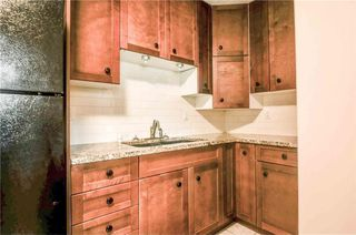 Photo 7: 930 16 Street NE in Calgary: Mayland Heights House for sale : MLS®# C4141621