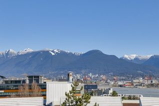 "Photo 11: 401 1066 E 8TH Avenue in Vancouver: Mount Pleasant VE Condo for sale in ""LANDMARK CAPRICE"" (Vancouver East)  : MLS®# R2247340"
