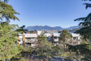 "Photo 10: 401 1066 E 8TH Avenue in Vancouver: Mount Pleasant VE Condo for sale in ""LANDMARK CAPRICE"" (Vancouver East)  : MLS®# R2247340"