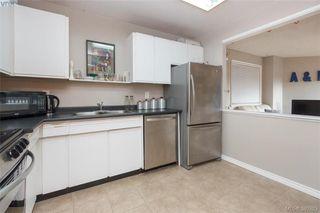 Photo 10: 306 1525 Hillside Avenue in VICTORIA: Vi Oaklands Condo Apartment for sale (Victoria)  : MLS®# 389283