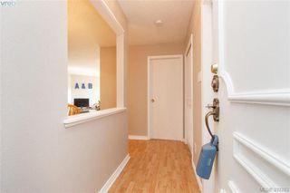 Photo 4: 306 1525 Hillside Avenue in VICTORIA: Vi Oaklands Condo Apartment for sale (Victoria)  : MLS®# 389283