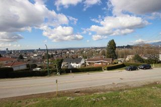 "Photo 2: 11 DELTA Avenue in Burnaby: Capitol Hill BN House for sale in ""Capitol Hill"" (Burnaby North)  : MLS®# R2265350"