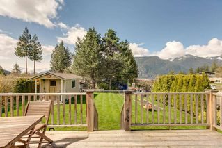 "Photo 6: 822 BRITANNIA Way: Britannia Beach House for sale in ""BRITANNIA BEACH"" (Squamish)  : MLS®# R2270055"