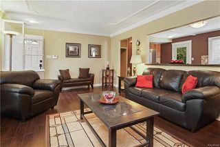 Photo 2: 16 Amarynth Crescent in Winnipeg: Crestview Residential for sale (5H)  : MLS®# 1815278
