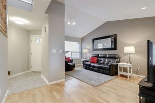 "Photo 2: 27 23151 HANEY Bypass in Maple Ridge: East Central Townhouse for sale in ""Stonehouse Estates"" : MLS®# R2280429"