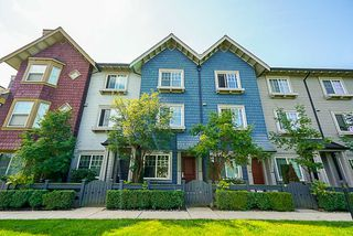 """Photo 1: 10 6450 187 Street in Surrey: Cloverdale BC Townhouse for sale in """"Hillcrest"""" (Cloverdale)  : MLS®# R2288599"""