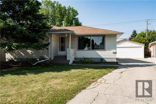 Main Photo: 17 Coral Crescent in Winnipeg: Windsor Park Residential for sale (2G)  : MLS®# 1823255