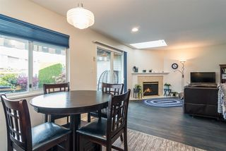 "Photo 5: 6117 W BOUNDARY Drive in Surrey: Panorama Ridge Townhouse for sale in ""LAKEWOOD GARDENS"" : MLS®# R2318441"