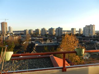 "Photo 9: 702 220 ELEVENTH Street in New Westminster: Uptown NW Condo for sale in ""QUEENS COVE"" : MLS®# R2323247"