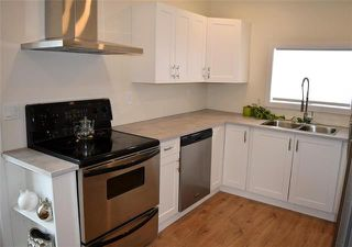 Photo 4: 604 Cathedral Avenue in Winnipeg: Sinclair Park Residential for sale (4C)  : MLS®# 1830434