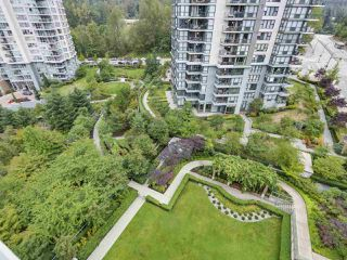 "Photo 18: 1107 295 GUILDFORD Way in Port Moody: North Shore Pt Moody Condo for sale in ""Bentley"" : MLS®# R2325613"