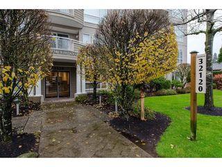 "Photo 20: 102 32120 MT. WADDINGTON Avenue in Abbotsford: Abbotsford West Condo for sale in ""Laurelwood"" : MLS®# R2331298"