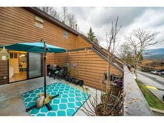 "Photo 16: 405 CARDIFF Way in Port Moody: College Park PM Townhouse for sale in ""EASTHILL"" : MLS®# R2335837"