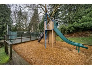 "Photo 20: 405 CARDIFF Way in Port Moody: College Park PM Townhouse for sale in ""EASTHILL"" : MLS®# R2335837"