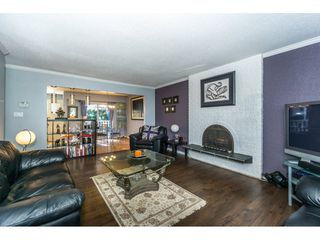 Photo 4: 20304 49A Avenue in Langley: Langley City House for sale : MLS®# R2341429