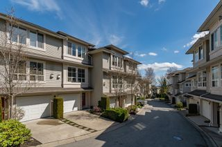 "Photo 3: 59 14952 58 Avenue in Surrey: Sullivan Station Townhouse for sale in ""Highbrae"" : MLS®# R2355772"