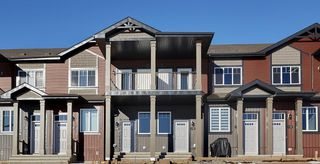 Photo 1: 37 3305 Orchards Link in Edmonton: Zone 53 Townhouse for sale : MLS®# E4151659