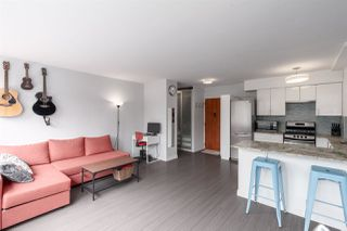 """Photo 5: 603 1445 MARPOLE Avenue in Vancouver: Fairview VW Condo for sale in """"HYCROFT TOWERS"""" (Vancouver West)  : MLS®# R2361588"""