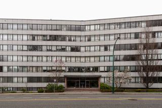 """Photo 18: 603 1445 MARPOLE Avenue in Vancouver: Fairview VW Condo for sale in """"HYCROFT TOWERS"""" (Vancouver West)  : MLS®# R2361588"""
