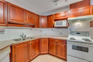 """Photo 12: 205 13888 70 Avenue in Surrey: East Newton Townhouse for sale in """"Chelsea Gardens"""" : MLS®# R2369176"""