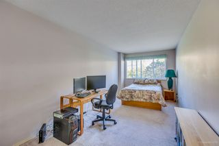 """Photo 16: 205 13888 70 Avenue in Surrey: East Newton Townhouse for sale in """"Chelsea Gardens"""" : MLS®# R2369176"""