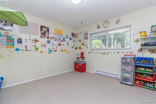 Photo 11: 2564 Selwyn Road in VICTORIA: La Mill Hill Single Family Detached for sale (Langford)  : MLS®# 410731