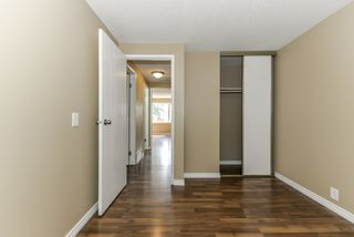 Photo 30: 2582 138A Avenue in Edmonton: Zone 35 Townhouse for sale : MLS®# E4159268