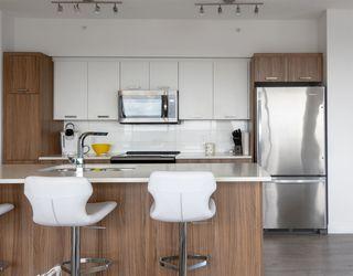 Photo 11: 3102 10410 102 Avenue in Edmonton: Zone 12 Condo for sale : MLS®# E4159374