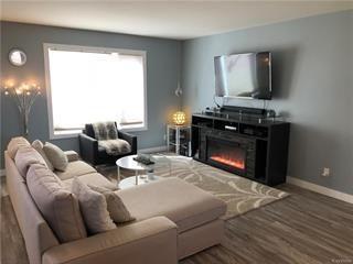 Photo 4: 37 Kroeker Street in Rosenort: R17 Residential for sale : MLS®# 1914742