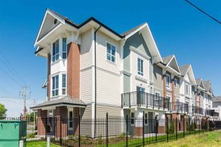 Photo 4: 11 20723 FRASER Highway in Langley: Langley City Townhouse for sale : MLS®# R2377585