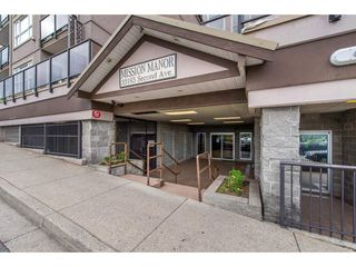 "Photo 2: 208 33165 2ND Avenue in Mission: Mission BC Condo for sale in ""Mission Manor"" : MLS®# R2377764"