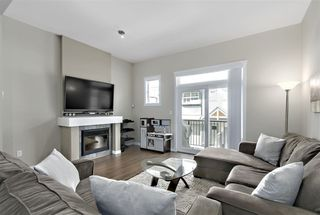"Photo 6: 90 6123 138 Street in Surrey: Sullivan Station Townhouse for sale in ""PANORAMA WOODS"" : MLS®# R2381225"
