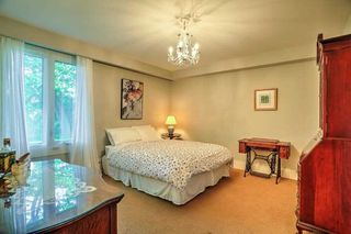 Photo 17: 59 Riverwood Parkway in Toronto: Stonegate-Queensway House (Bungalow) for sale (Toronto W07)  : MLS®# W4491035