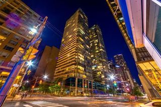 Photo 1: Ph3501 37 Grosvenor Street in Toronto: Bay Street Corridor Condo for lease (Toronto C01)  : MLS®# C4494590