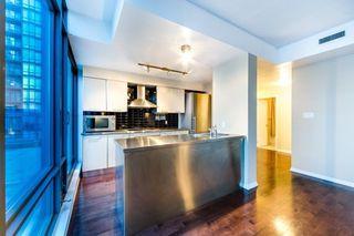Photo 3: Ph3501 37 Grosvenor Street in Toronto: Bay Street Corridor Condo for lease (Toronto C01)  : MLS®# C4494590