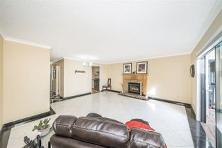 Photo 15: 1002 DELESTRE Avenue in Coquitlam: Maillardville House 1/2 Duplex for sale : MLS®# R2383513
