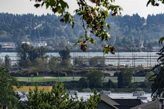 Photo 2: 1002 DELESTRE Avenue in Coquitlam: Maillardville House 1/2 Duplex for sale : MLS®# R2383513